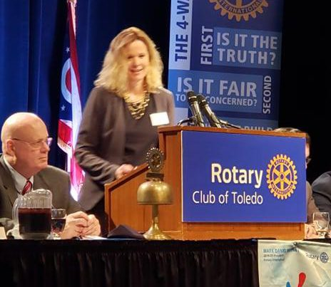 Amy Wachob speaking at The Rotary Club